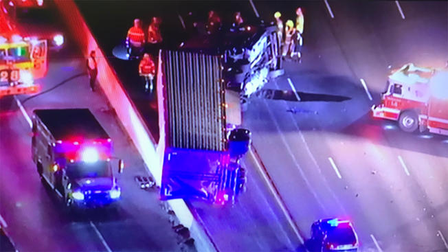 All Lanes Open on Beltway After Tractor-Trailer Crash